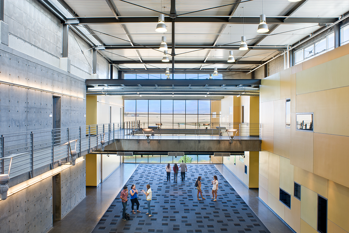 UC Merced Social Sciences and Management Building Clerestory Windows