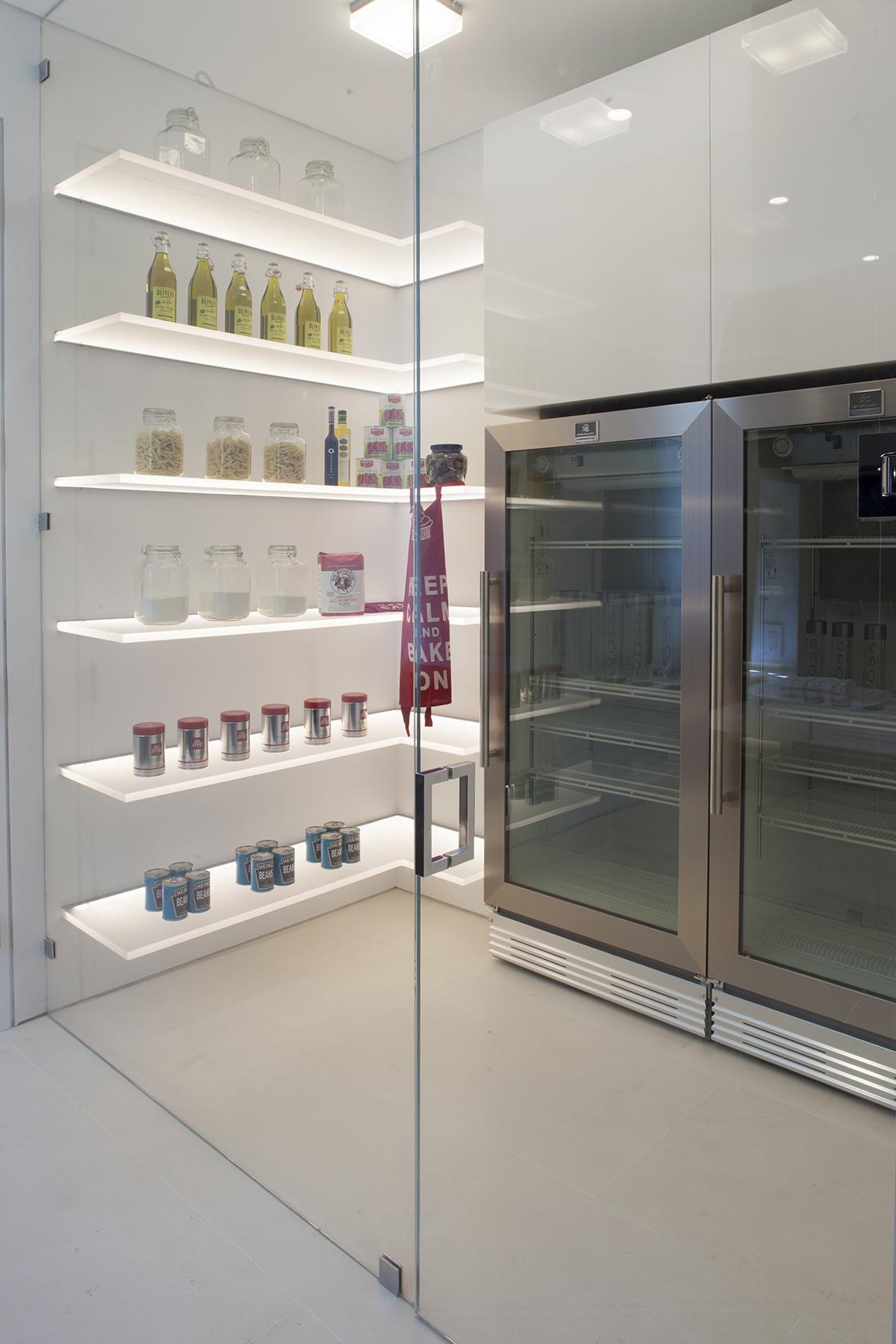 Vallejo Street Residence pantry