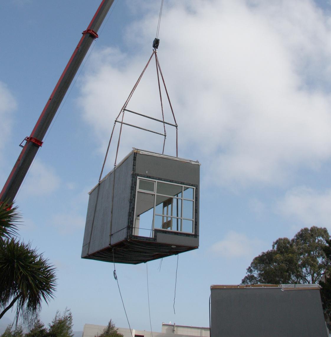 UC San Francisco Kirkham Child Development Center Prefabrication Assembly with Crane