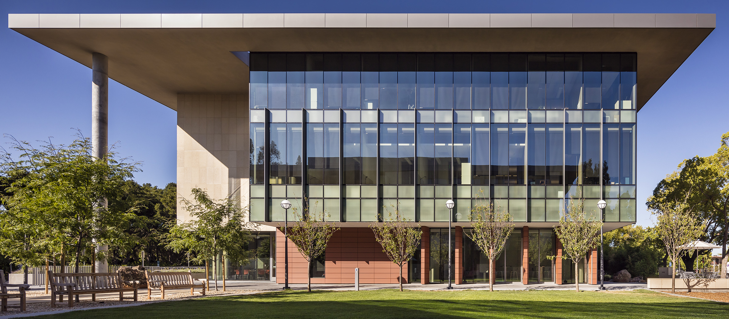Stanford School of Medicine C.J. Huang Building Straight On Facade Length