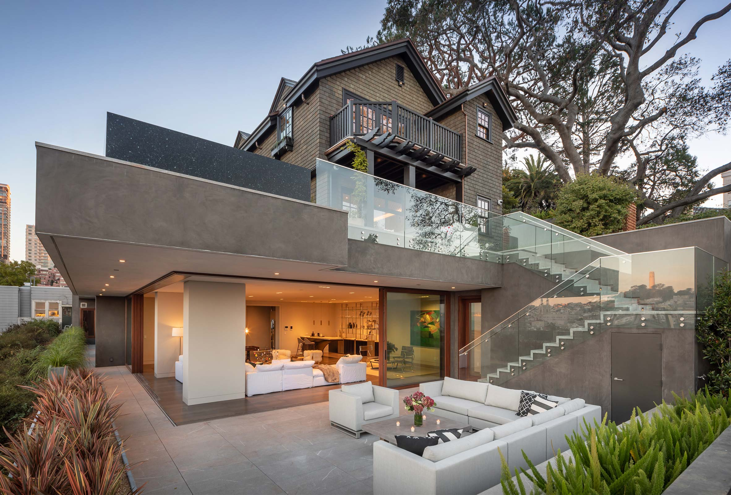 Residence 950 Exterior with Cantilevered Pool and Deck Area in San Francisco